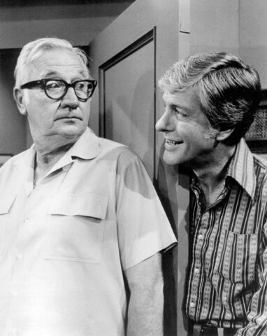 File:Edward Andrews Dick Van Dyke New Dick Van Dyke Show 1973.JPG