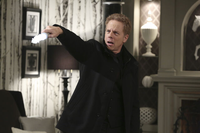File:Once Upon a Time - 5x21 - Last Rites - Released Images - Hades 4.jpg