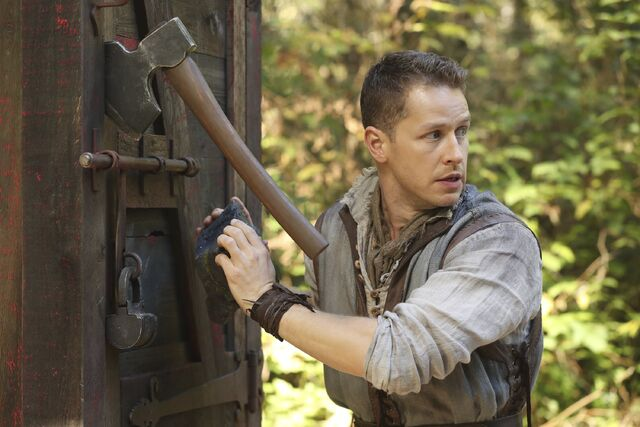 File:Once Upon a Time - 6x07 - Heartless - Photography - Prince Charming 4.jpg