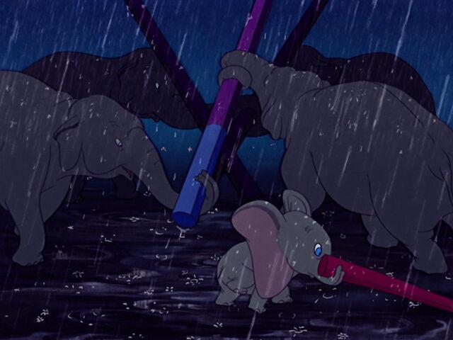 File:Dumbo-disneyscreencaps.com-1493.jpg