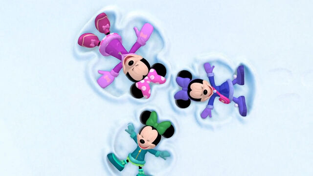 File:Minnie and her nieces make snow angels.jpg