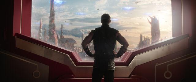 File:Thor Ragnarok 56.jpg