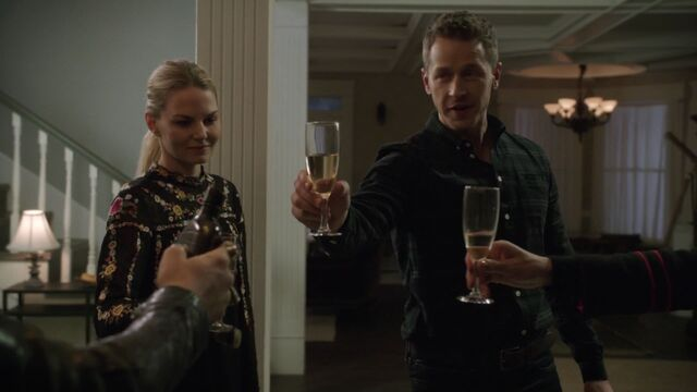 File:Once Upon a Time - 6x12 - Murder Most Foul - Emma and David.jpg