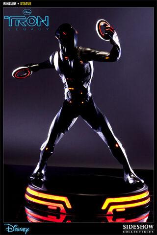 File:Rinzler Statue.jpg