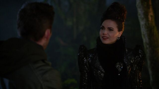 File:Once Upon a Time - 6x13 - Ill-Boding Patterns - Evil Queen.jpg