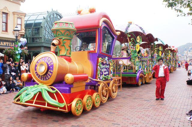 File:Disney Friends Springtime Processional.jpg