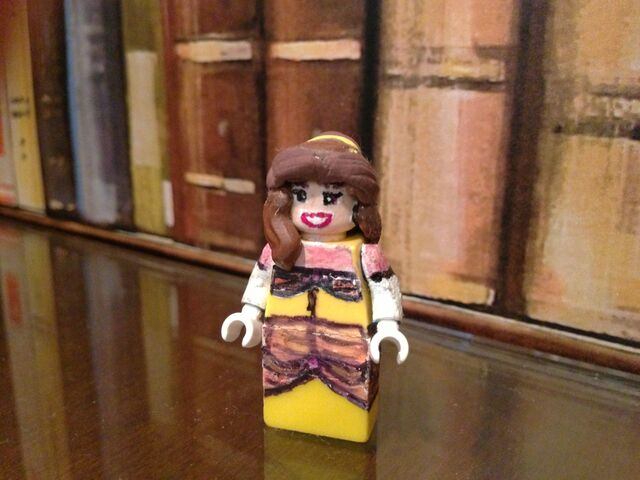 File:Lego Belle.jpeg