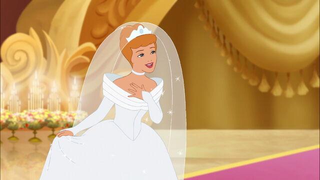 File:Cinderella3-disneyscreencaps.com-7597.jpg