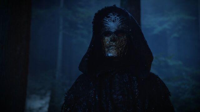 File:Masked Man Nimue.jpg