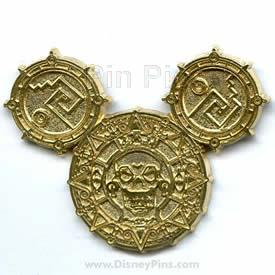 File:DLR - Pirates of the Caribbean - Golden Mickey Icon Frame Set - Completer Pin.jpeg