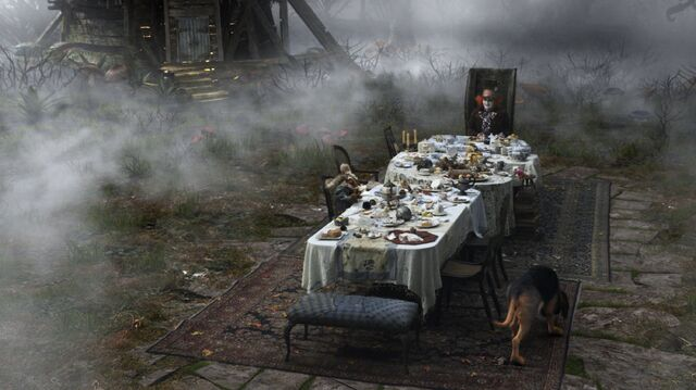 File:Tim Burtons Alice in Wonderland 57.jpg