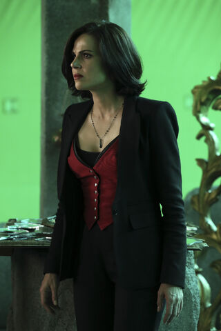 File:Once Upon a Time - 6x08 - I'll Be Your Mirror - Production Images - 6.jpg