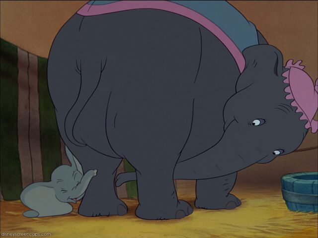 File:Dumbo-disneyscreencaps com-1794.jpg