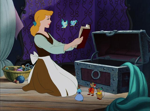 File:Cinderella-disneyscreencaps.com-3429.jpg