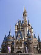 200px-TDL Cinderella Castle New Color