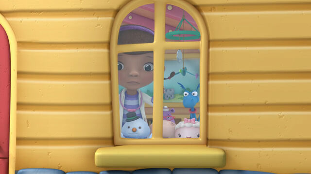 File:Doc mcstuffins main characters at the window.jpg
