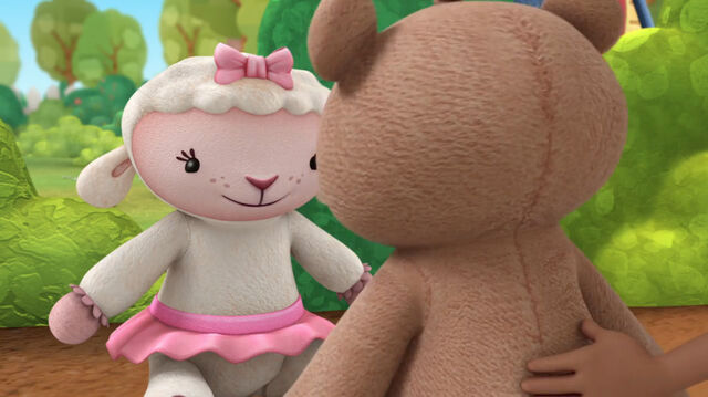 File:Lambie and teddy b2.jpg