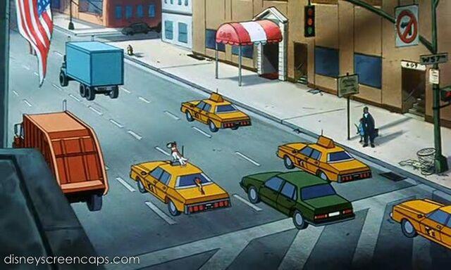 File:Oliver-disneyscreencaps.com-3642.jpg