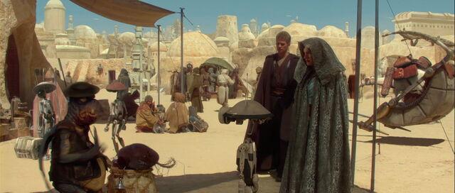 File:Starwars2-movie-screencaps.com-7517.jpg