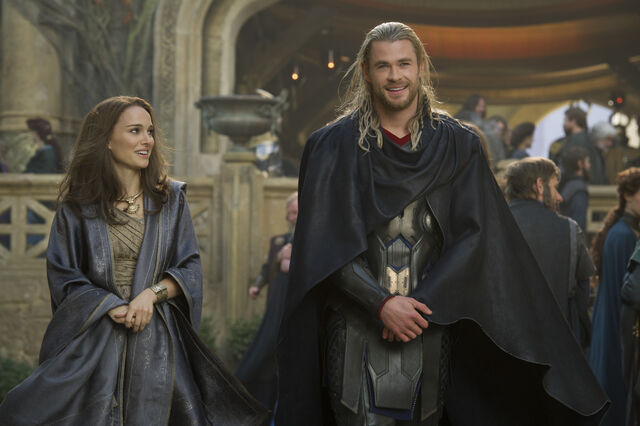 File:Thor Odinson and Jane Foster in Asgard.jpg