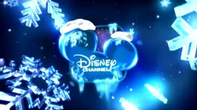 File:DisneyChannelChristmasID-2011.jpg