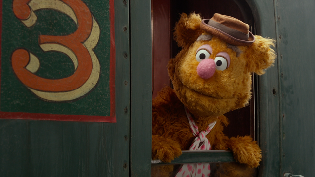 File:MMW extended cut 0.11.22 Fozzie Bear roof.png