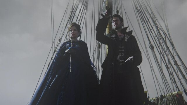 File:Once Upon a Time - 2x09 - Queen of Hearts - Cora and Hook Arrive in Storybrooke.jpg