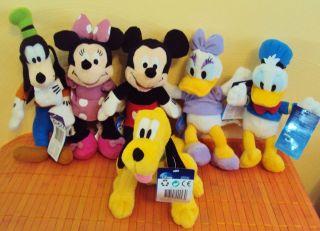 File:162997743 stoff-disney-micky-mickey-maus-minnie-mouse-daisy-donald.jpg