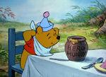 Winnie-the-pooh-disneyscreencaps.com-5248