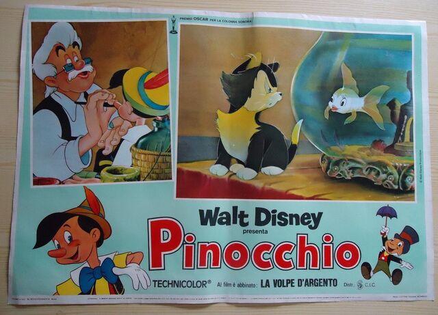 File:Pinocchio italian lobby card.JPG