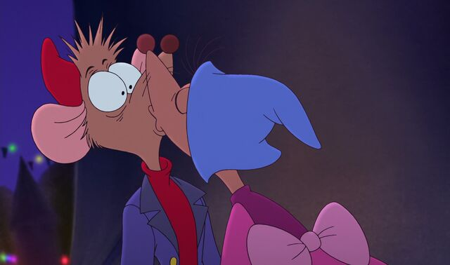 File:Jaq and Mary kiss 2.jpg