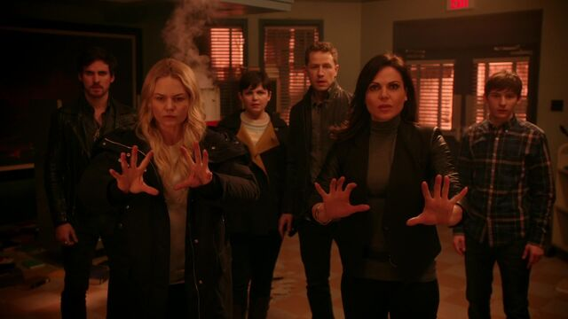 File:Once Upon a Time - 5x17 - Her Handsome Hero - Emma and Regina 2.jpg