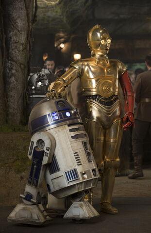 File:The Force Awakens EW 05.jpg