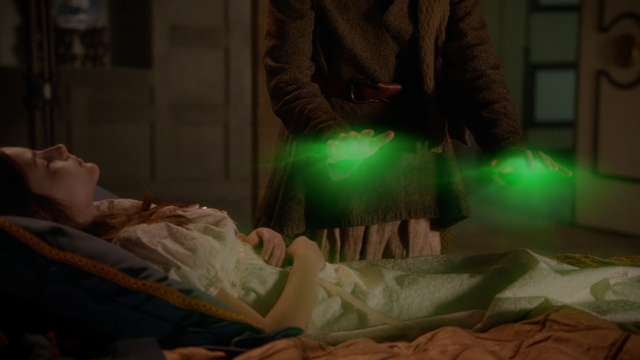 File:Once Upon a Time - 5x19 - Sisters - Zelena Heals Regina.png