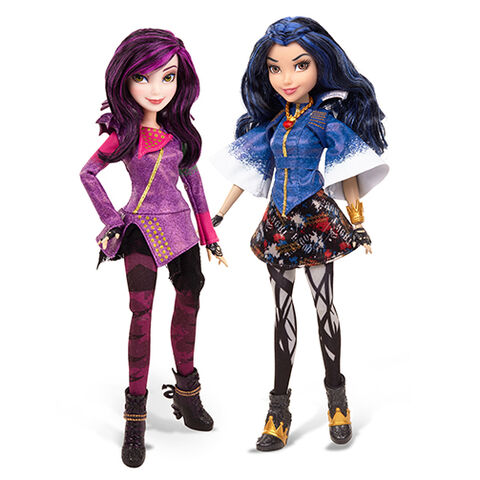 File:Mal and Evie dolls.jpg