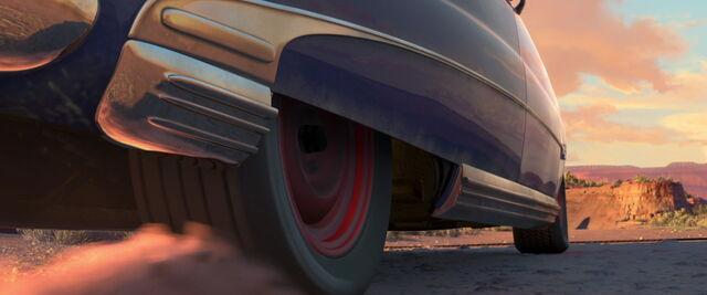 File:Cars-disneyscreencaps.com-9061.jpg