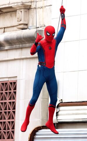 File:Spider-Man - Homecoming on set.jpg
