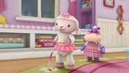 Lambie pink string