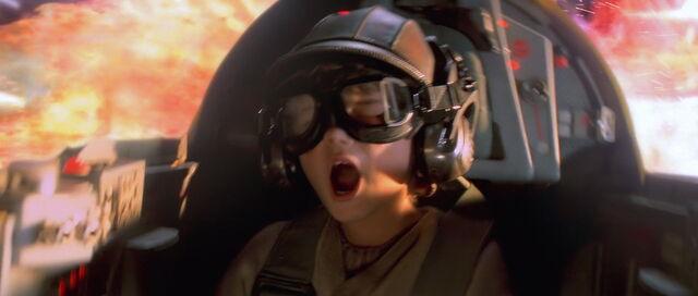 File:Starwars1-movie-screencaps.com-14579.jpg