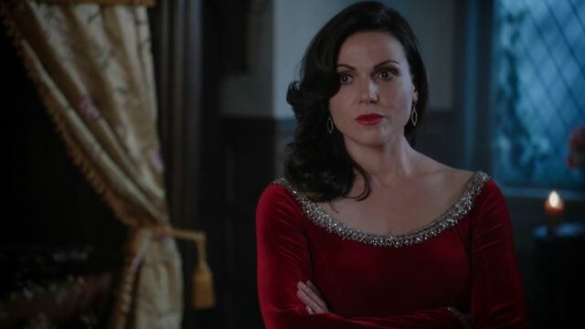 File:Once Upon a Time - 5x04 - The Broken Kingdom - Regina.jpg