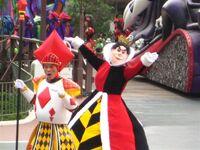 Queen of Hearts Let's Go, Villans!