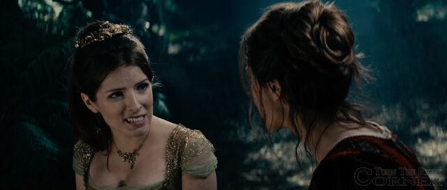 File:Into-the-woods-movie-screenshot-anna-kendrick-cinderella-7.jpg