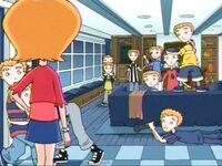 Makeover (The Weekenders) (5)