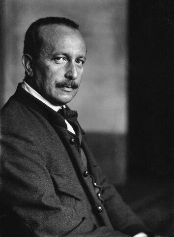 File:Felix Salten 1910.jpg