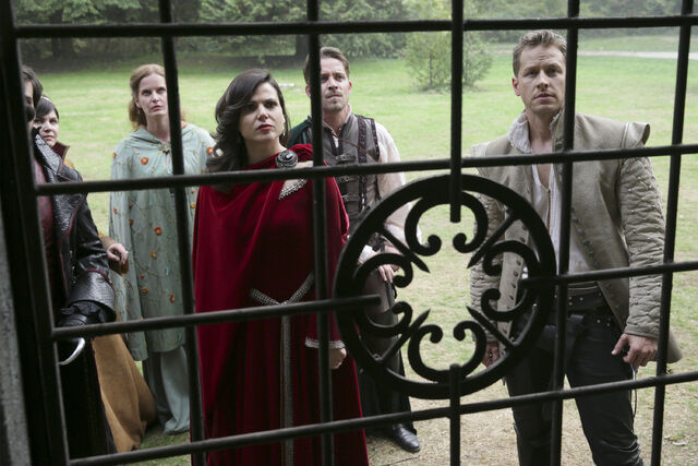 File:Once Upon a Time - 5x07 - Nimue - Publicity Image - Everyone at the Gates.jpg