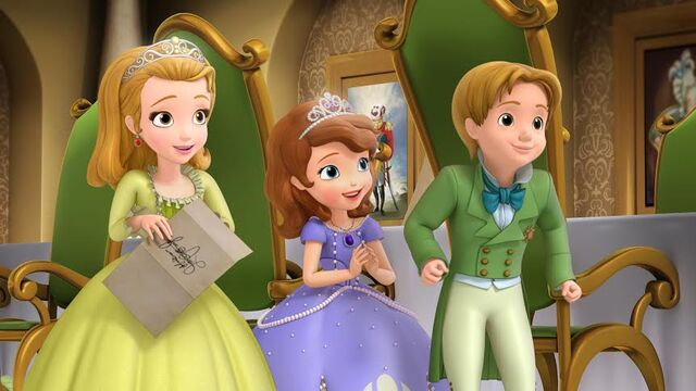 File:Two-Princesses-and-a-Baby-1.jpg