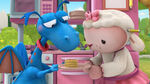 Stuffy and lambie with flapjacks