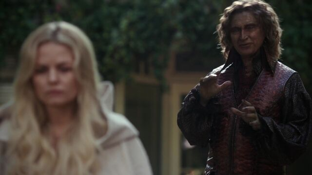 File:Once Upon a Time - 5x08 - Birth - Darkness and Emma.jpg