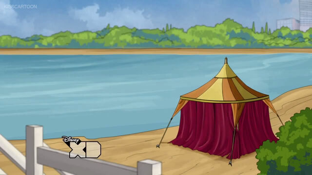 File:Tent by the lake.jpg