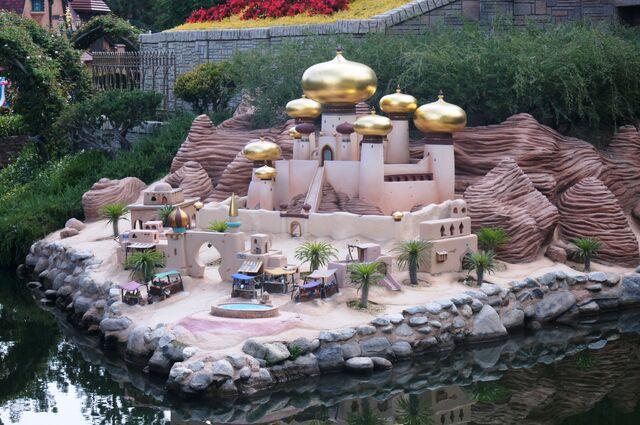 File:Storybook Land Canal Boats Aladdin.jpg
